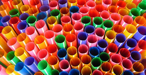Mapovanie vysokoobjemových prísad do plastov